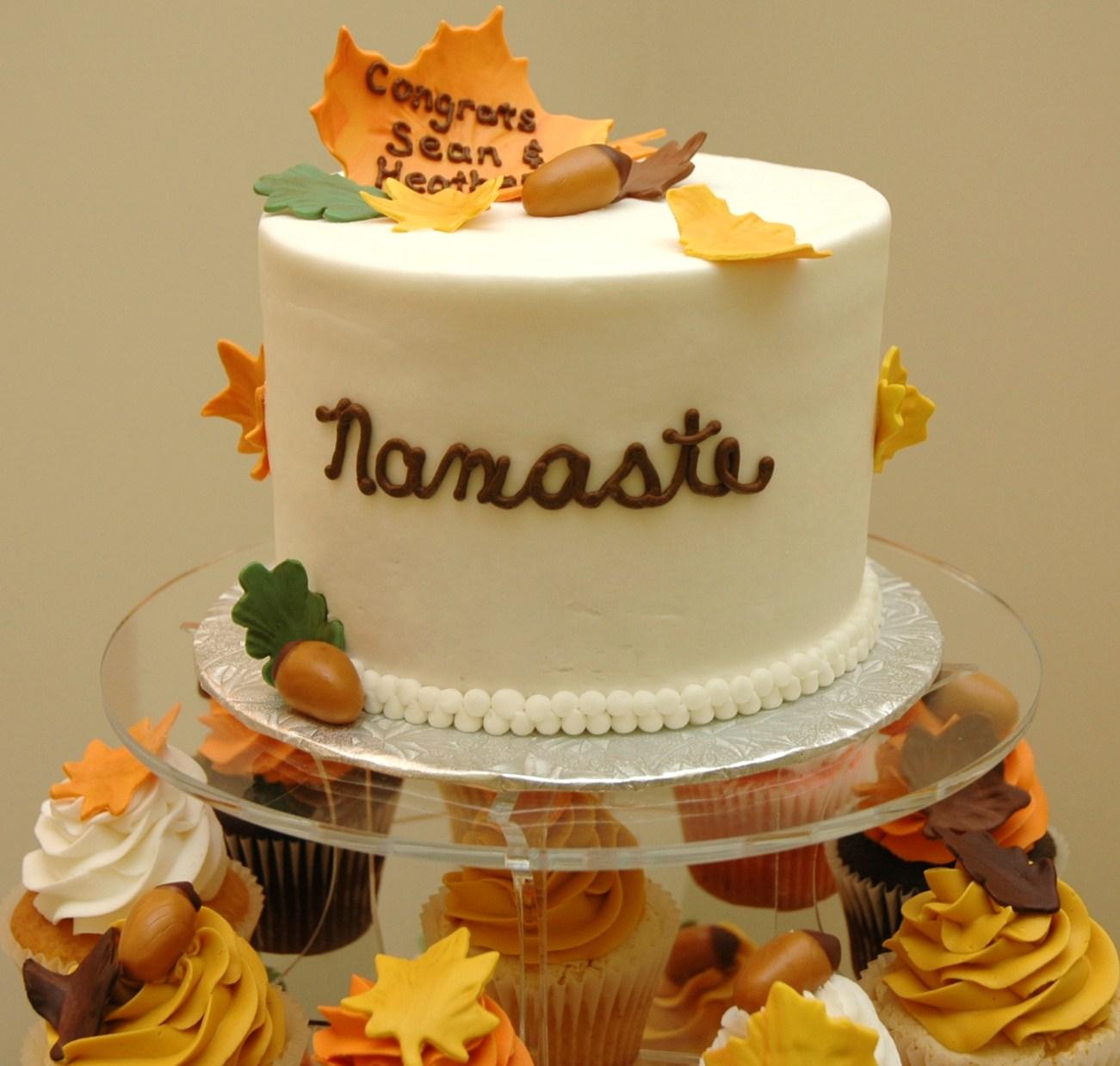 Tara S Cupcakes Autumn Wedding Cake And Cupcake Tower