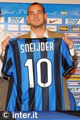 https://i2.wp.com/3.bp.blogspot.com/_AV2nNx93JNw/Spff-s2HhKI/AAAAAAAAAcA/BvNREhJH1L8/s400/Wesley_Sneijder+Inter.jpg