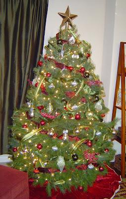 Christmas+Tree+Cropped New Christmas Tradition - Christmas Books 7
