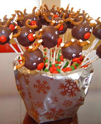 Reindeer+finished Donut Hole Reindeer Pops 32