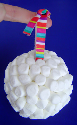 03+done New Year's Marshmallow Ball 12
