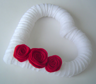 White+Felt+Wrapped More Heart Decor 15