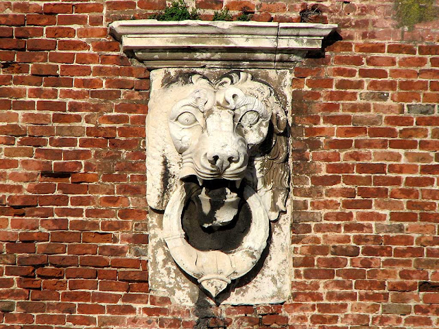Marble lion head, Ampolletta bastion, Fortezza Vecchia, Old Fortress, Livorno
