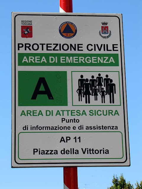 Emergency Area for Civil Defense, in piazza della Vittoria, Livorno
