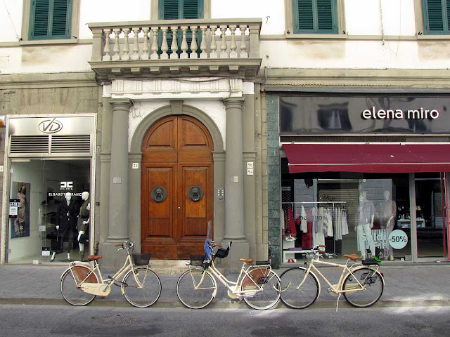 Bikes of feather flock together, via Ricasoli, Livorno