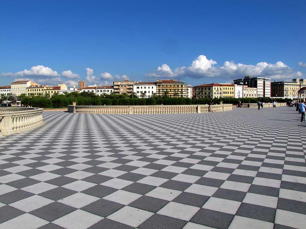 Livorno Daily Photo At The Terrazza
