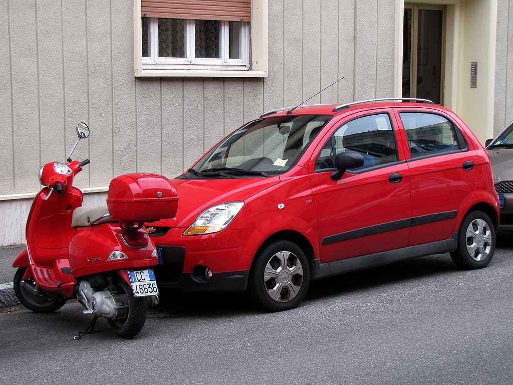 Red car and scooter, Livorno