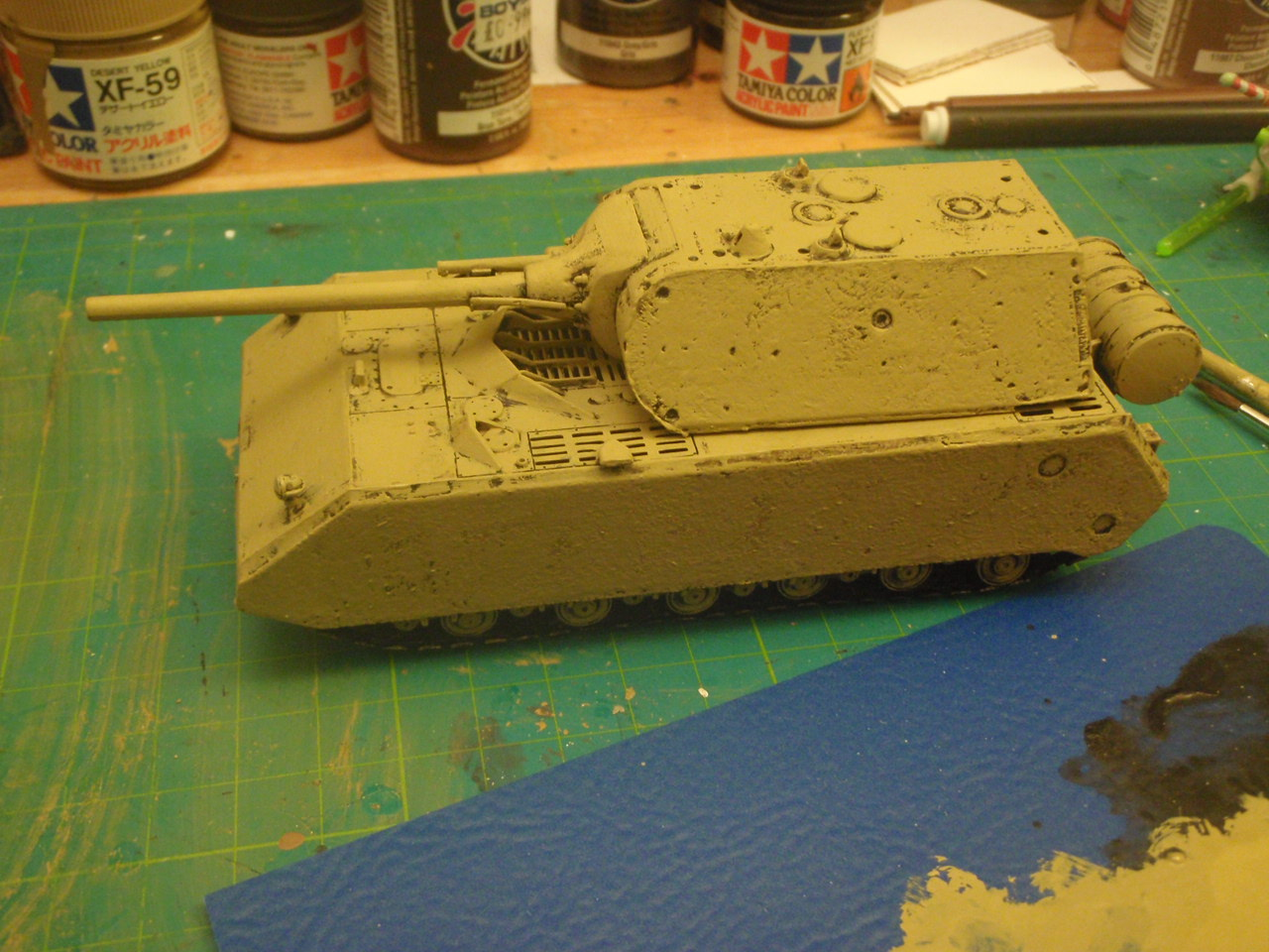 Geordie's Big Battles: The Mighty Maus in 1/72 [3]: Dirty