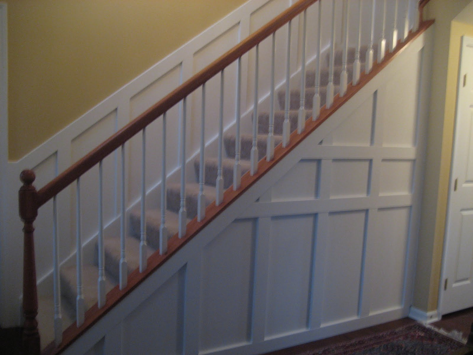 Remodelaholic Wainscoting Central Guest Party Highlight