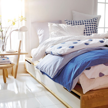 Wishlist: letto Mandal di Ikea • la tazzina blu