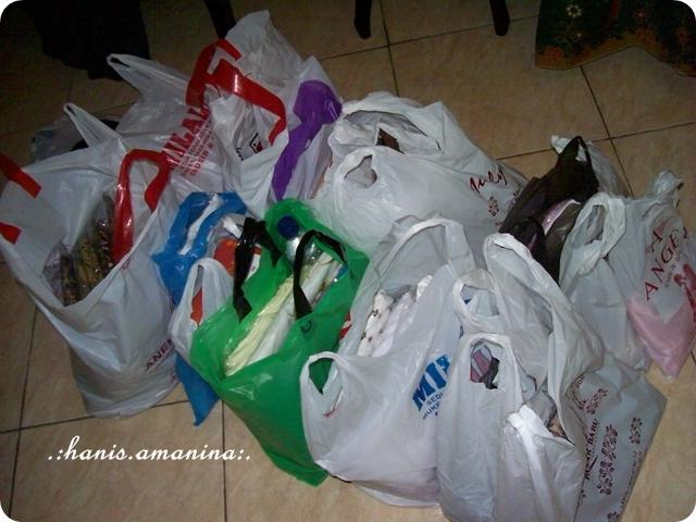 Shopping di Bandung, Indonesia