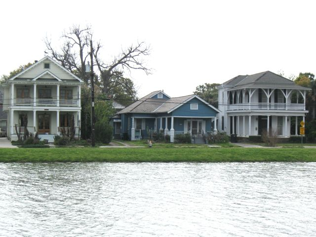 Moss Point Apartments
