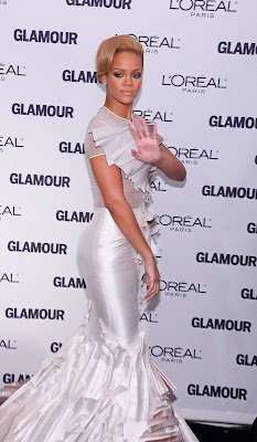 Rihanna Glamours Woman of 2009 pictures