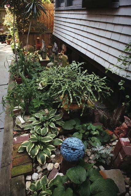 Garden Walk Buffalo Cottage District 5: What Is A Buffalo-style Garden?