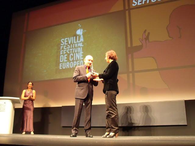Sir-Ben-Kinsley-en-el-festival-de-cine-europeo-de-sevilla