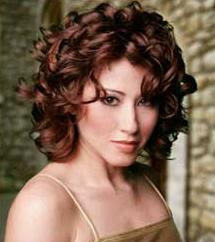 Short Curly Hairstyle Curly Hair Cuts