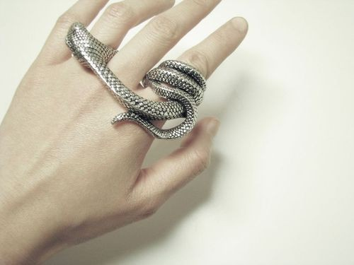 snake bite jewelry mashmoom snake bite ring 1812