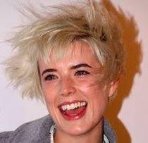 Hair By Night Korta Frisyrer Som Rockar