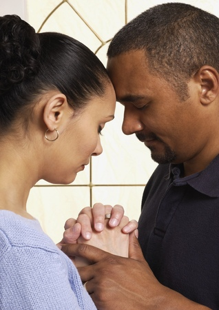 Should Couples Pray Together While Dating Why This Author Says No