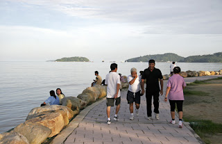 Exercising at Sapan Hin, Phuket Town