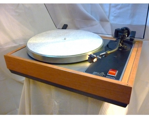 The Vinyl Anachronist: New turntables at Echo Audio in Portland