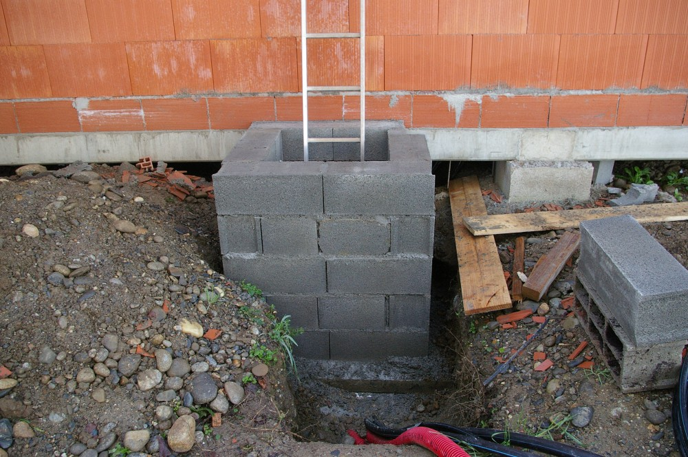 la maison du lac janvier 2010 trappe d 39 acces au vide sanitaire. Black Bedroom Furniture Sets. Home Design Ideas