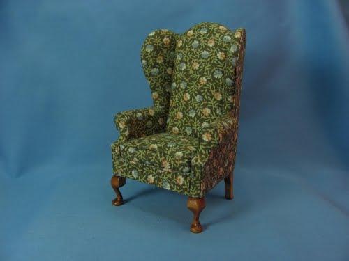 The Tudor / Medieval / Jacobean / Queen Anne Dollhouse ...