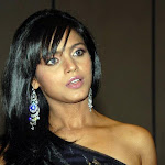 Neetu Chandra Hot Telugu Actress