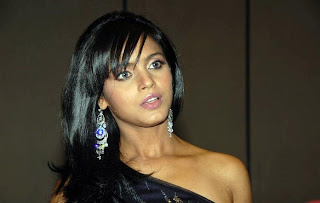 Neetu Chandra-Hot Telugu Actress