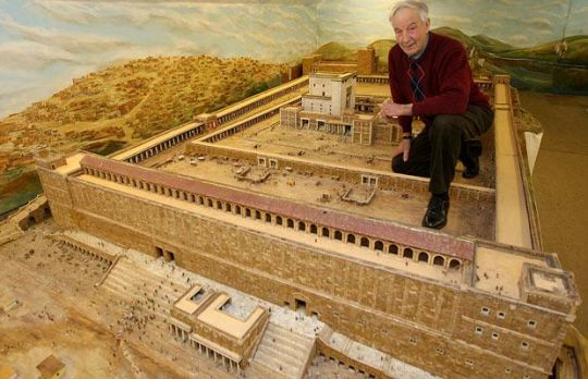 Herod's Temple model that has gone on for 30 years