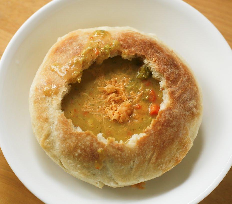 go vegan meow!: Broccoli Cheddar Soup in Bread Bowls