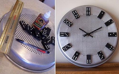 relógio feito com assadeira reciclagem dominó
