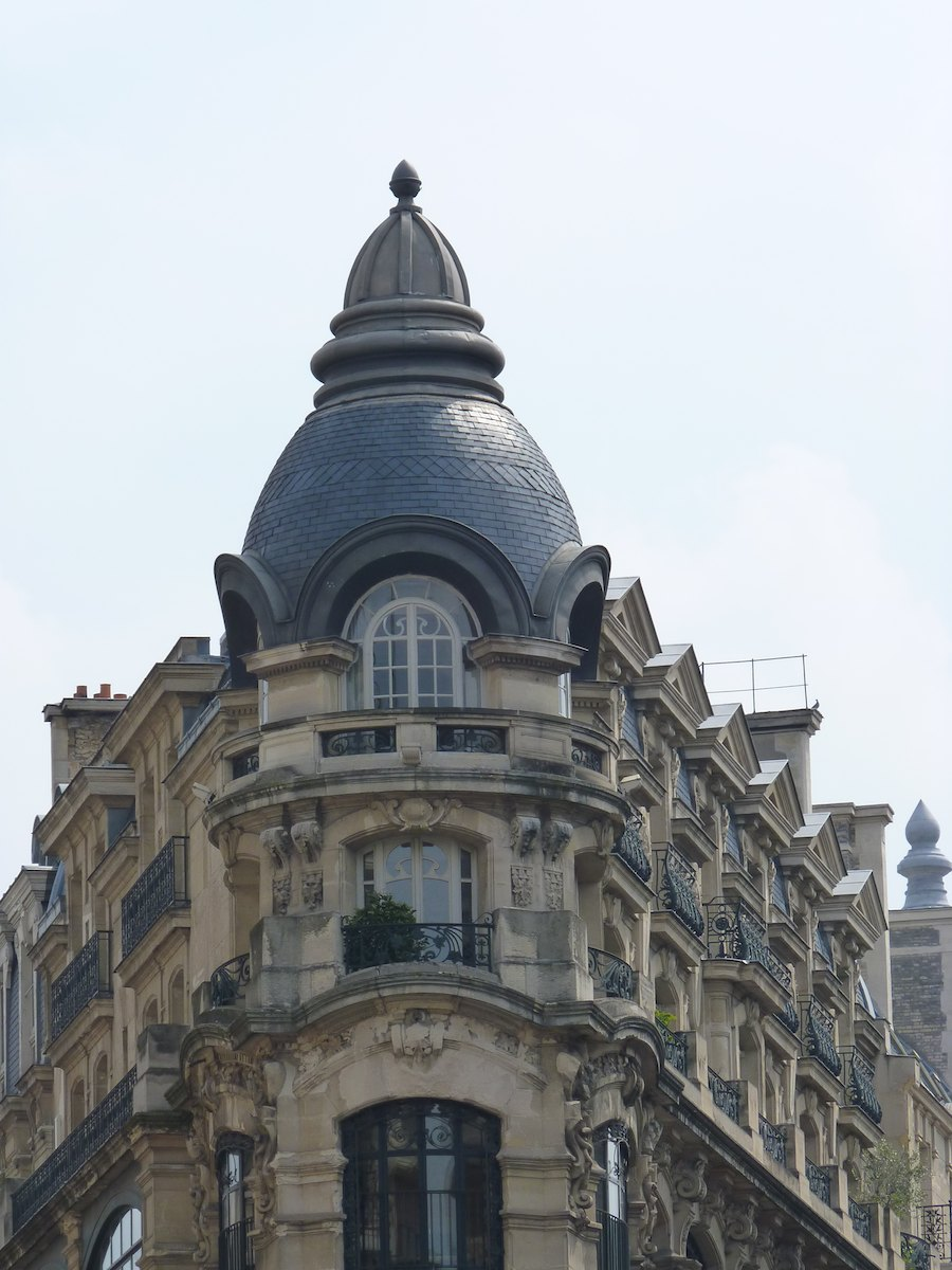 dispatch from metz roof lines in paris. Black Bedroom Furniture Sets. Home Design Ideas