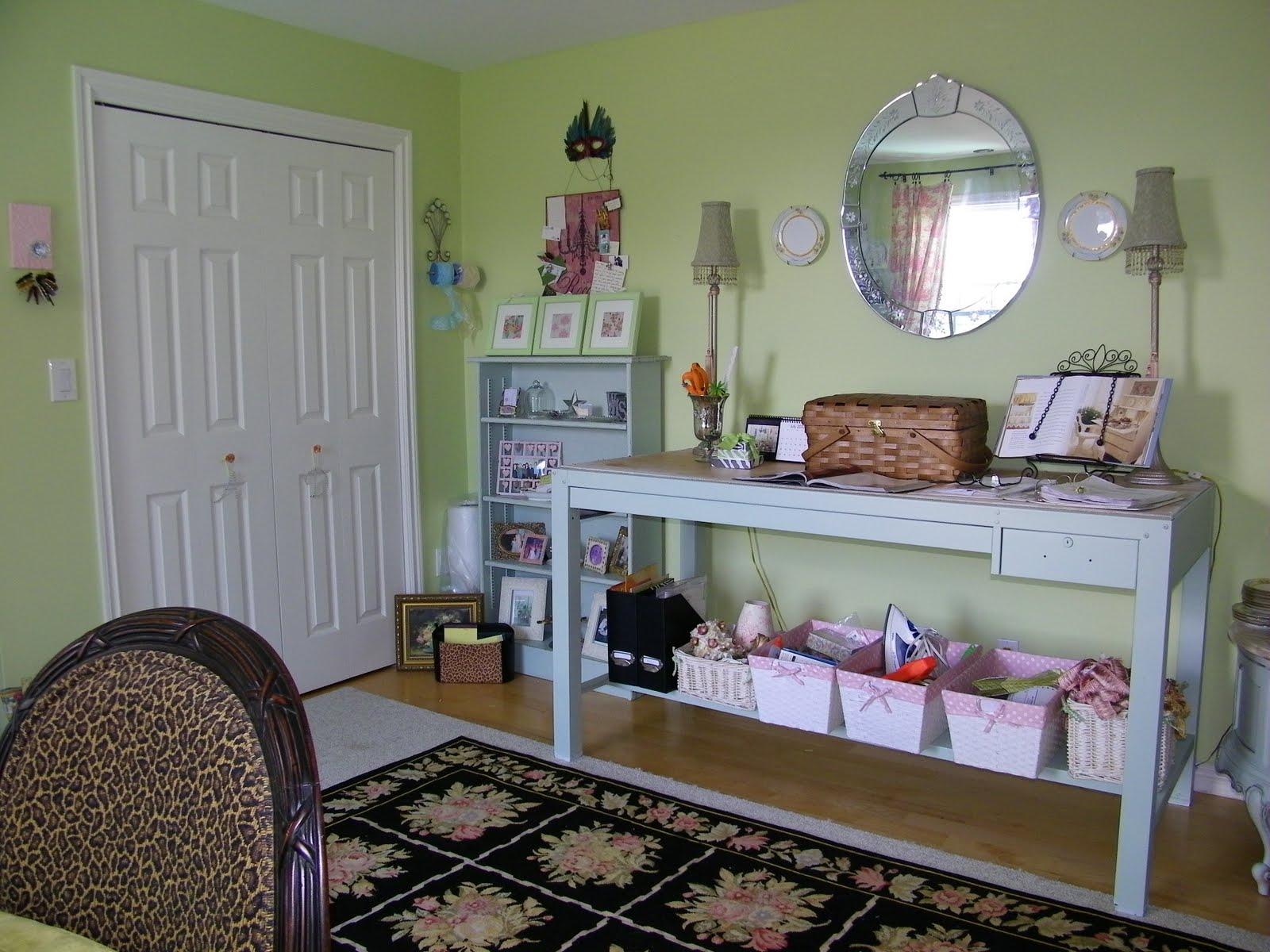 maison decor marie antoinette meets maison decor in new home office. Black Bedroom Furniture Sets. Home Design Ideas