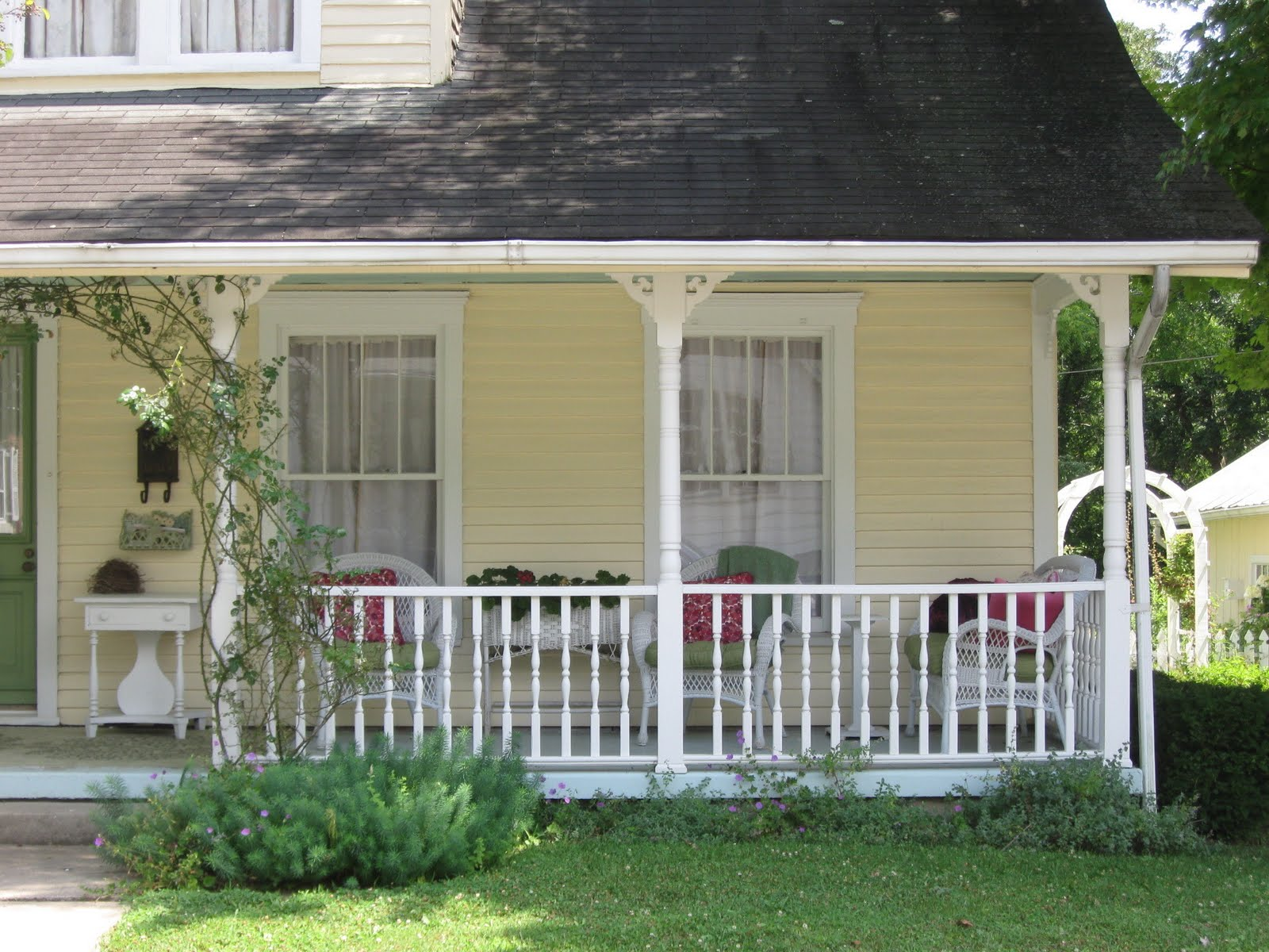 Front Porch Ideas Folkways Notebook: Appalachian Sittin' Porches