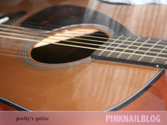nails vs guitar pinknailblog. Black Bedroom Furniture Sets. Home Design Ideas