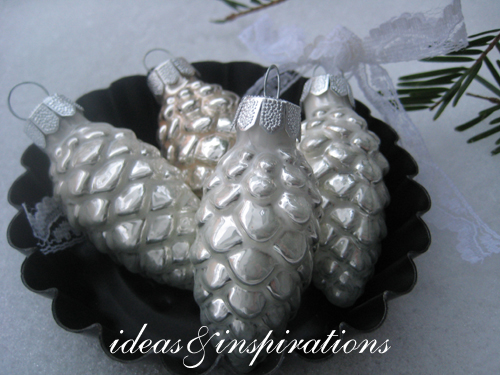 ideas and inspirations wei er baumschmuck white ornaments. Black Bedroom Furniture Sets. Home Design Ideas