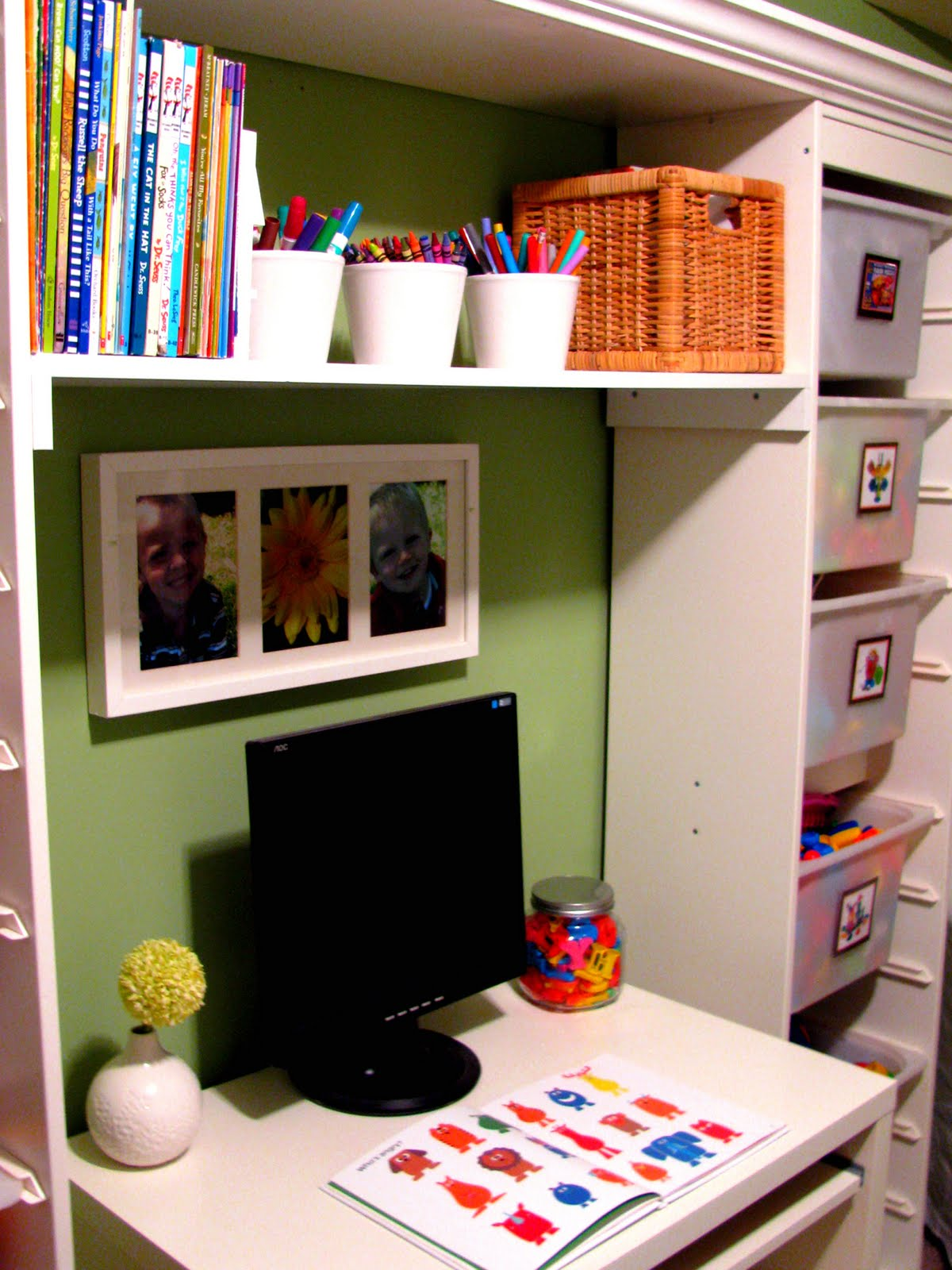 IHeart Organizing: March Featured Space: Kids - Color Your ...