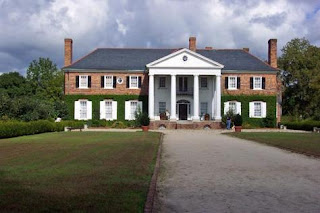Boone Hall Plantation If It Looks Familiar You Ve Likely Seen The Notebook One Too Many Times House Served As Summer Home For Allie Rachel
