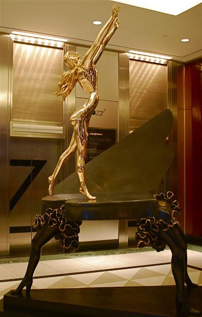 """Nyc """" Vision Of Genius"""" - Salvador Dali"""