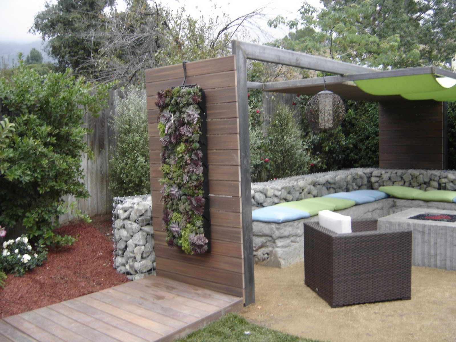 Creating living walls: Vertical Wall with Yard Crashers in