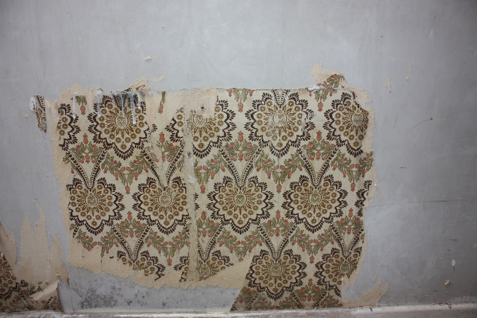 wallpaper: Wallpaper Peeling Off Walls