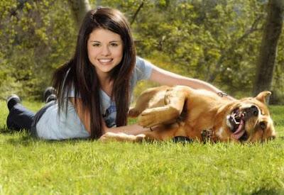 blog de la music y tv !!-*: Selena Gómez y su mascota