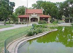 Riverside Park In Downtown Wichita Is A Great Spot For An Outdoor Wedding And Reception The Itself Over 100 Years Old Has Just Undergone