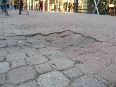 Budapest,  Belvaros, Vörösmarty tér,  2009, V. kerület, Magyarország, Hungary, Ungarn, szobor, vásár