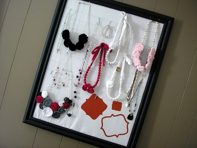 jewelry  frame simple