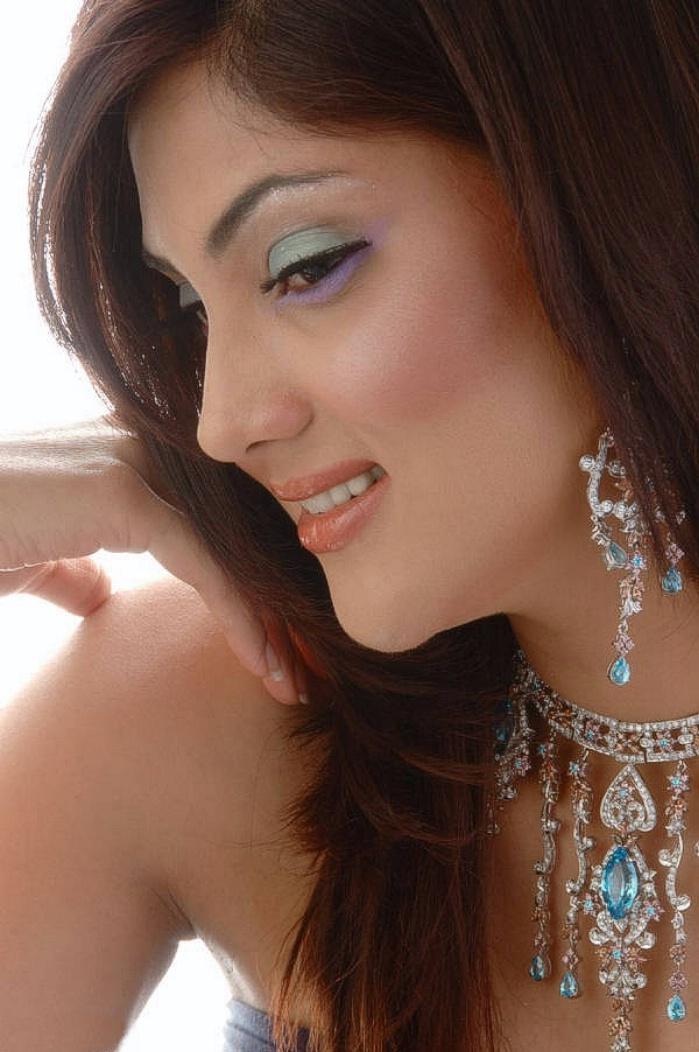Pakistani Tv Actress  Fashion Model Fiza Ali Biography -9820