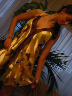 http://s-fashion-avenue.blogspot.it/2010/11/mg-gold-and-butterflies.html