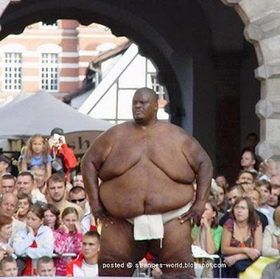 The Heaviest Athlete in the World @ strange world