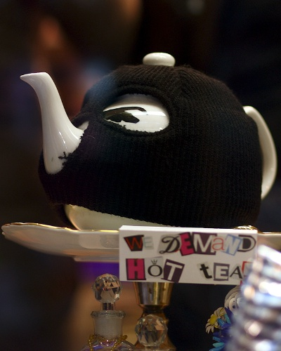 Terrorist Teapot and Cosy - 'WE DEMAND HOT TEA'
